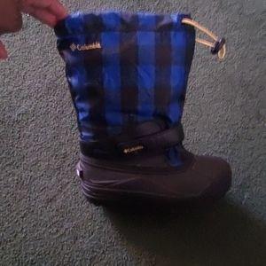 Columbia boys boots